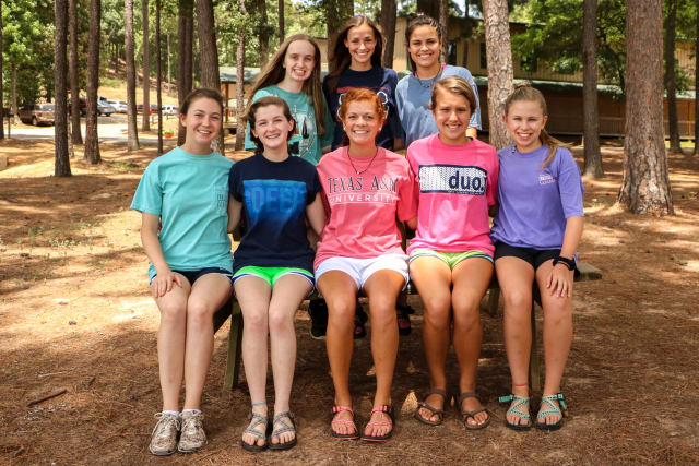 Group of Pine Cove Shores campers