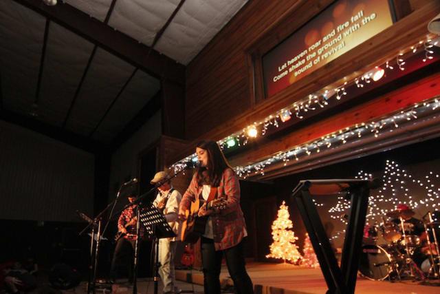 Worship at Pine Cove Winterfest
