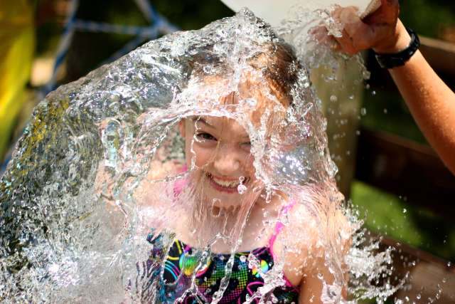 castlerock-girl-water-pool-12CR04-06-150_lei5nx.jpg