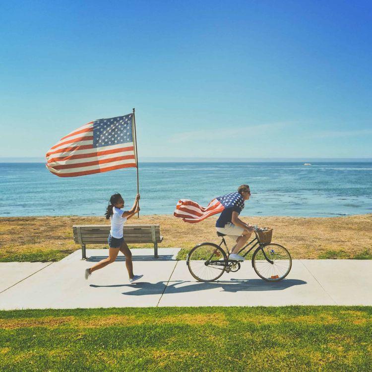 cover art for 623 - Esteriótipos dos Americanos, o que nós pensamos sobre! {Part II}