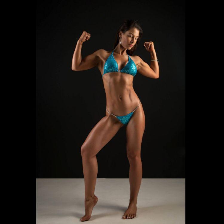 cover art for 271: Vanessa Hering, part 1: Champion body builder, vegan, Ivy MBA