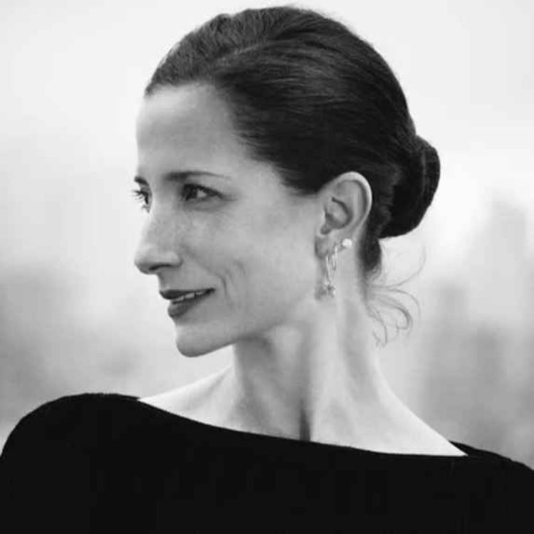 cover art for 428: Vanessa Friedman: The New York Times Fashion Director and Chief Fashion Critic