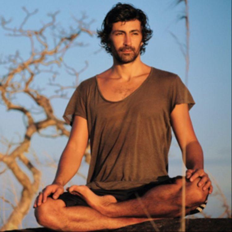 cover art for #59 Mika de Brito : Eveiller chaque jour sa conscience avec les enseignements du plus Nasty des Yogis !
