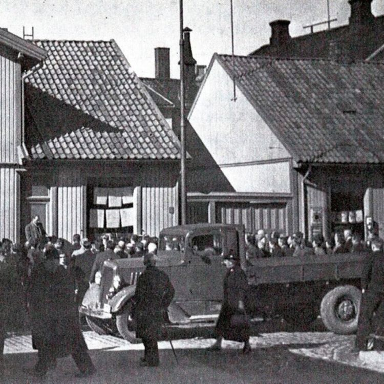 cover art for Krigen i Fredrikstad, Del 2; Flyktningportalen