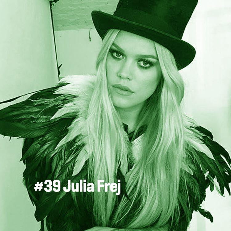 cover art for # 39 Julia Frej