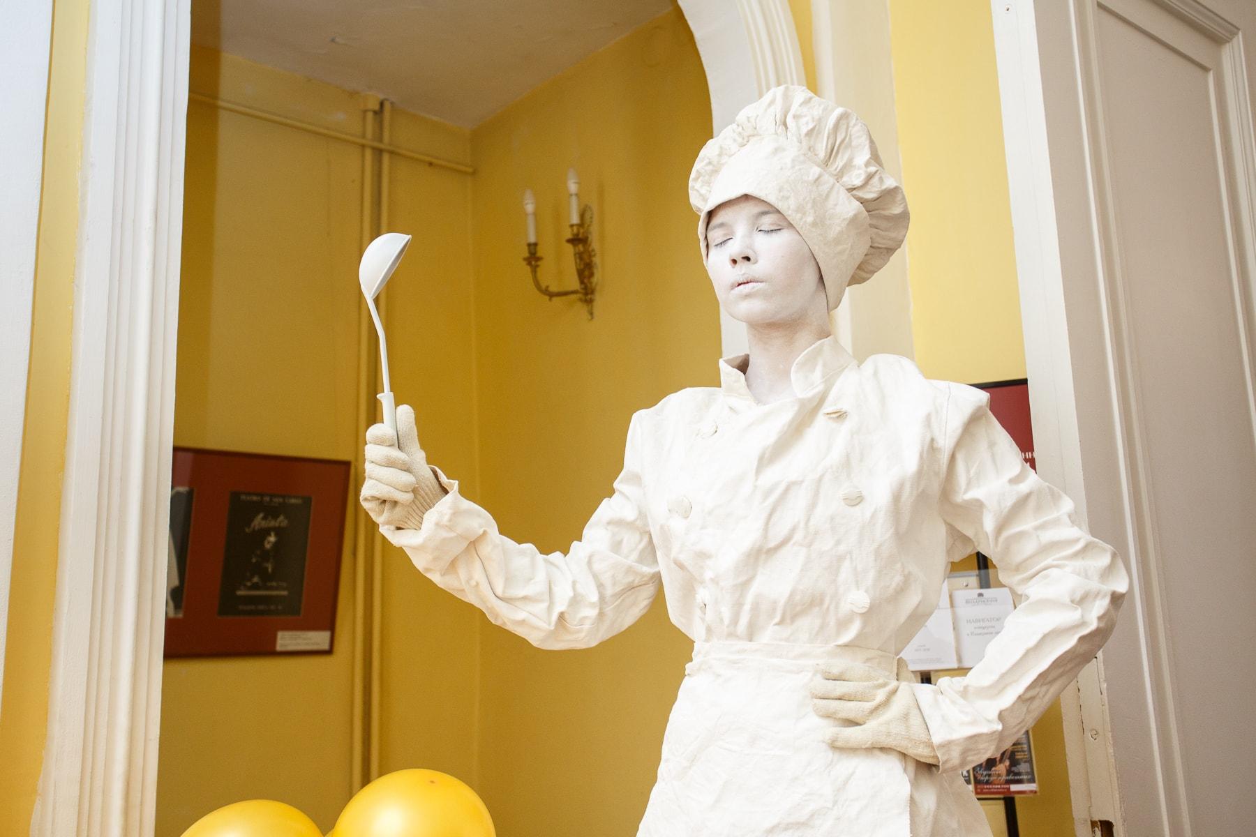 Живая статуя ПиццаФабрики