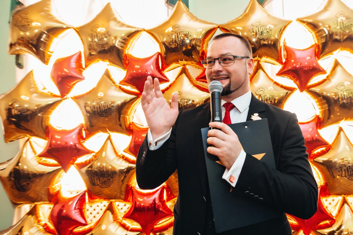 Олег Бушман - ведущий праздника ПиццаФабрики