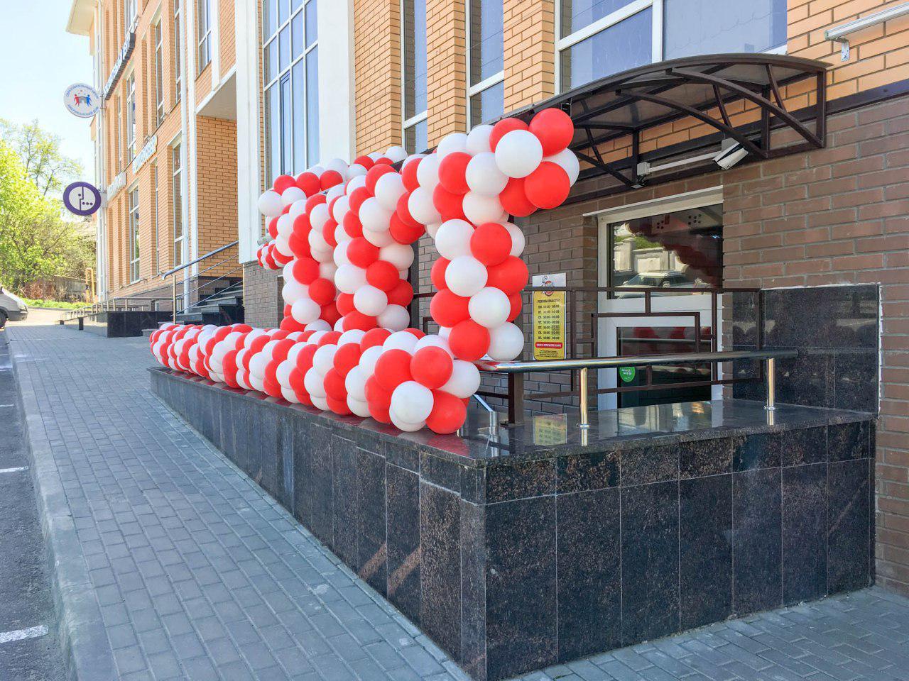 Фасад ПиццаФабрики во Владимире