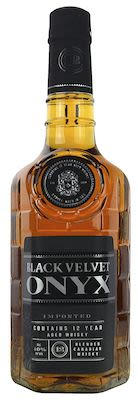 Black Velvet 12 YO Onyx, 70 cl. - 40%  Vol. In gift box. Canadian.