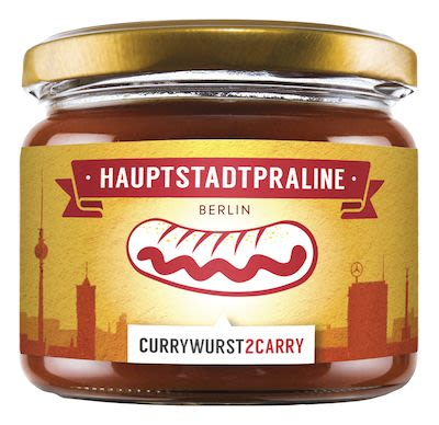 Hauptstadtpraline, traditional Berlin Currywurst with homema