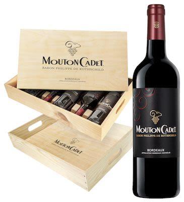 Mouton Cadet Bordeaux in wooden box 6x75 cl. - Alc. 13% Vol.