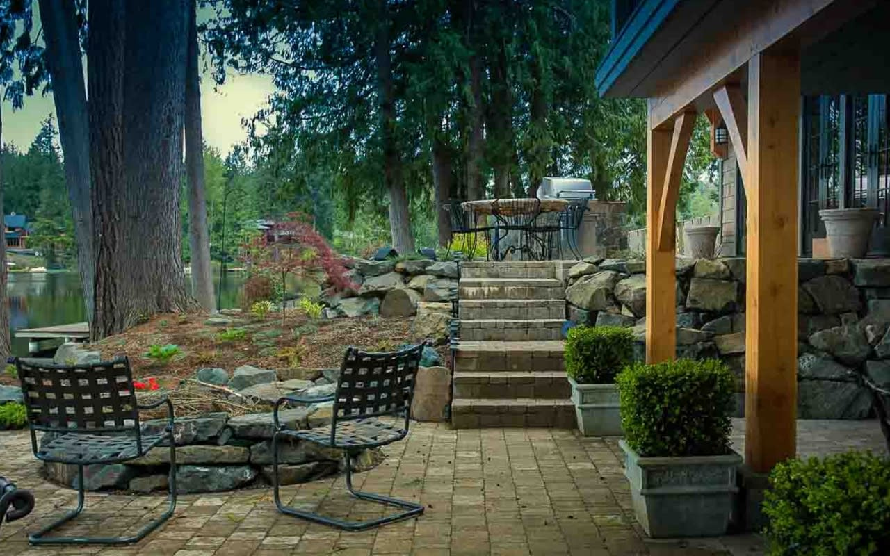 Outdoor Living 2