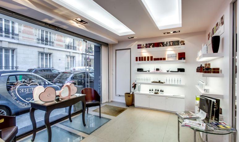 Salon De Coiffure à Paris 75015 Limite 75007 48000 Euros N 1420889