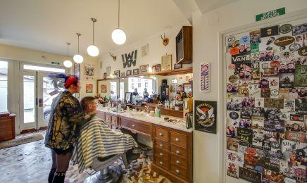 Salon Watson