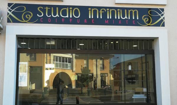 Studio infinium