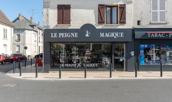Le Peigne Magique by Lilith Coiffure