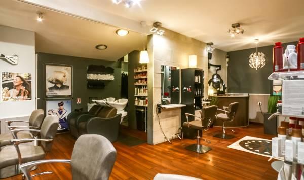 Clément Plas Salon de Coiffure & Bar à Ongles