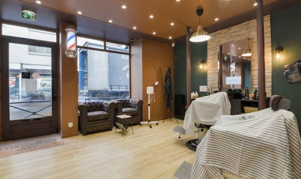 235th BARBERSTREET - Levallois