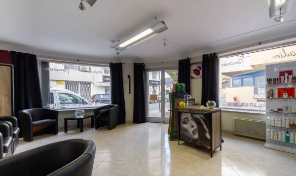 Le salon by Celine