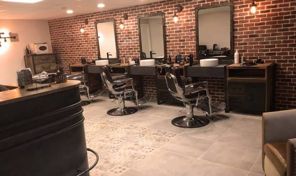STEAMBOX BARBER SHOP