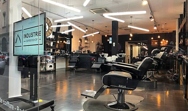 "Industrie ""Serious"" Barbershop"