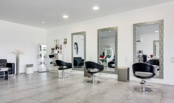 Le Salon by Sandrine