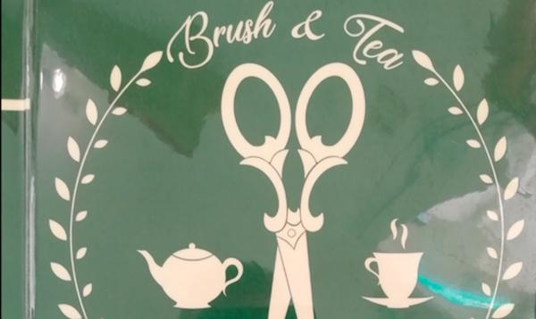 Brush & tea