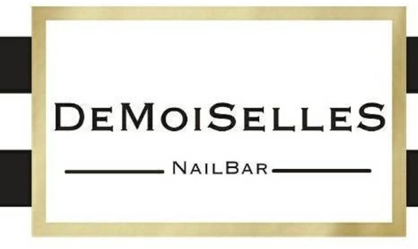 DeMoiSelles Nail Bar