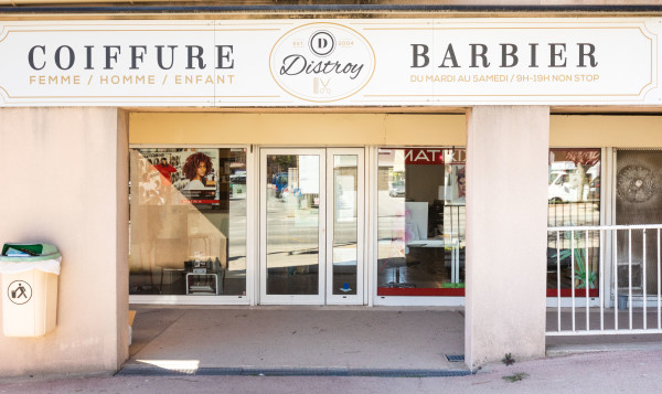 Distroy Coiffure & Barbier By Julie
