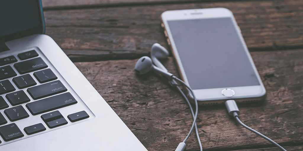 7 career focused podcasts to listen to  2017 edition  thumbnail