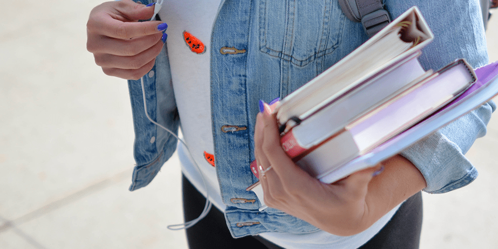 8 bad habits from college that have no place in the real world  thumbnail