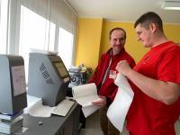 Laboratory tests of Melt