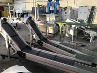 Folding conveyor on an