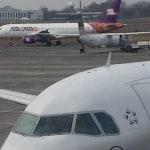 Tańsze poszycie samolotów