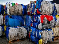 Abfall zbelowane HDPE-Kanister
