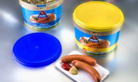 IML barrier plastic pail keeps bulk-packed sausages fresh