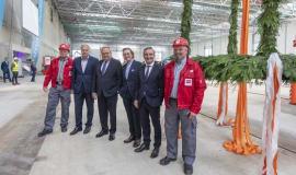 Messe Düsseldorf zawiesza wiechę na placu budowy