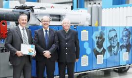 KraussMaffei Jubiläumsmaschine für Wirthwein