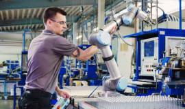 """Badanie """"Barometr robotyzacji MŚP"""": firmy planują inwestować w robotyzację"""
