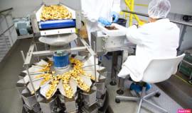 Kompletne rozwiązanie do pakowania suszonych przekąsek z owoców