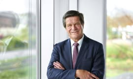 """Ulrich Reifenhäuser inducted into the """"Plastics Hall of Fame"""""""