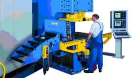 Firma Hydrapres nabyła niemieckiego producenta pras