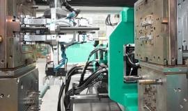 Niemieckie maszyny do przetwórstwa tworzyw wciąż atrakcyjne