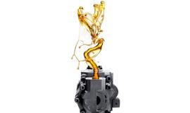 Zmiana oleju we wtryskarkach pomaga w obniżeniu kosztów produkcji