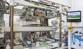 Vakuumkaschieren intelligent automatisieren