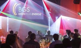BGS Beta-Gamma-Service pokazuje proces sieciowania radiacyjnego