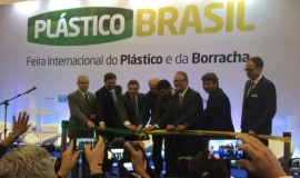 Wittmann Battenfeld with MacroPower 650 at the Plástico Brasil 2019