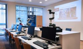 Universal Robots otwiera Autoryzowane Centra Szkoleniowe w Polsce