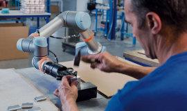 Sprzedaż robotów na świecie wzrosła o 6%, w Polsce o 40%