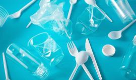 Au revoir, plastikowe kubki…